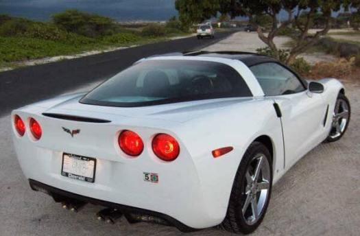 rear of 07 corvette